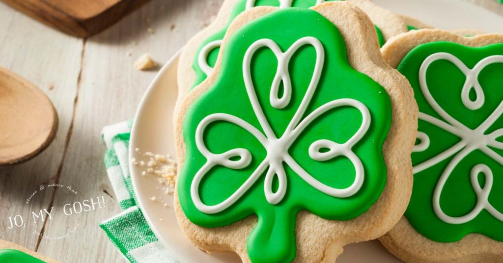 Creative care package ideas AND recipes, DIYs for St. Patrick's Day boxes!