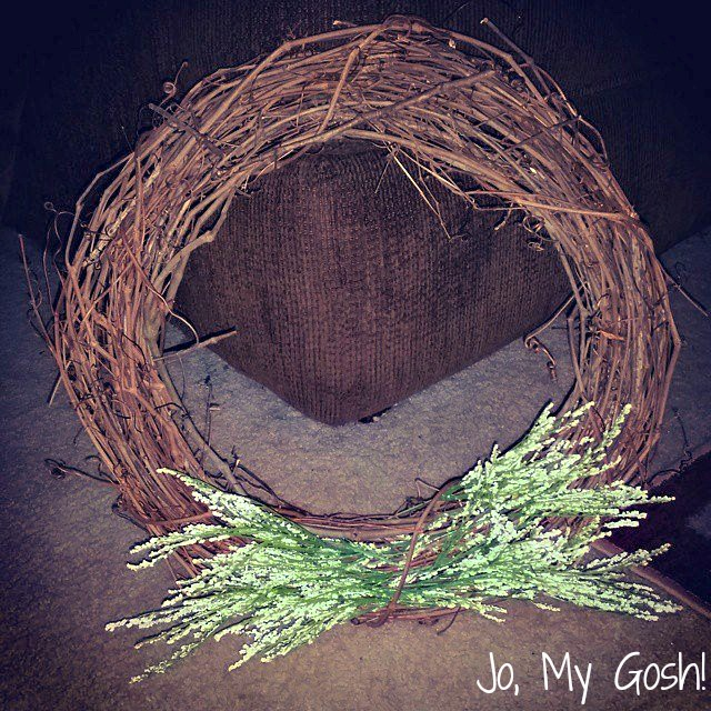 Celebrate Lent and Easter with this easy-to-make rustic wreath.
