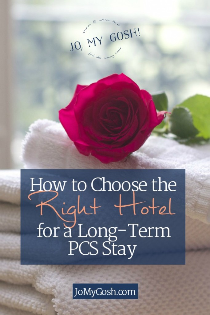 Keeping for when we have to stay in a hotel during a pcs. Great ideas for choosing the right hotel.
