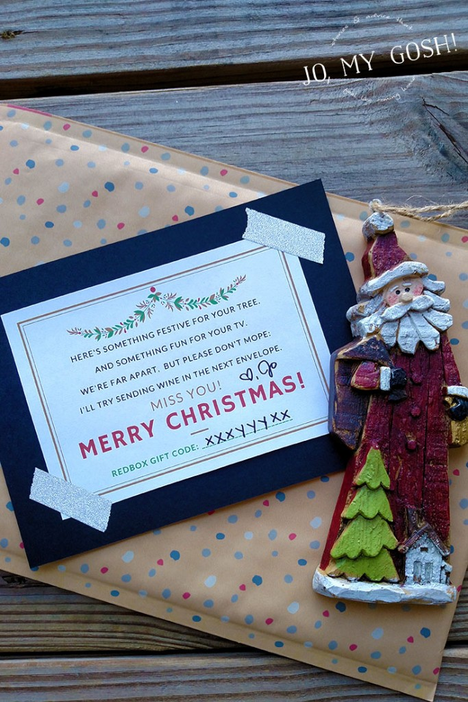 $10 gift idea for friends who are far away-- ornament, movie rental credit, and funny card! Free printable included. (4)